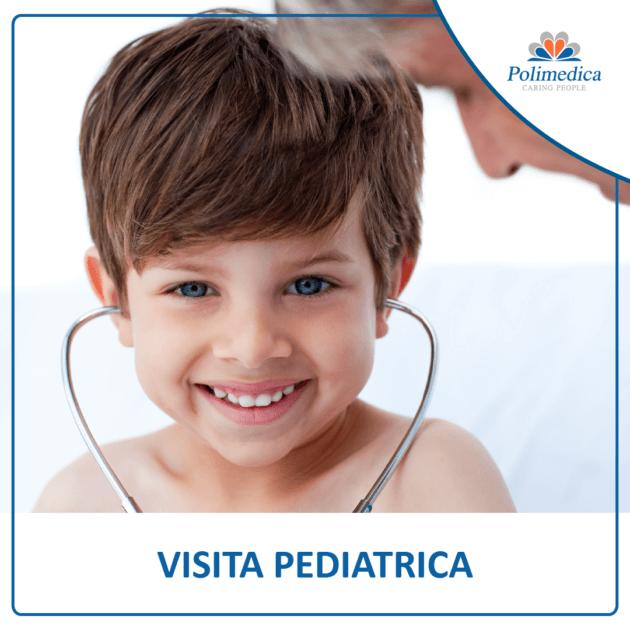 Immagine, con logo di Polimedica Melfi, di un bambino sorridente con uno stetoscopio nelle orecchie. Foto utilizzata per la pagina Visita pediatrica.